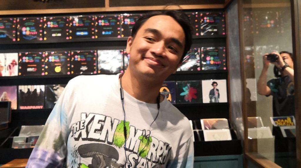 Momen Dipha Barus Bertemu Primal Scream, Idolanya dalam Bermusik