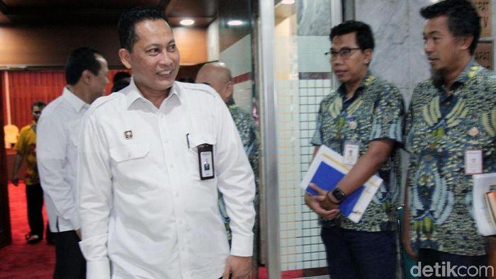 Direktur Utama Bulog Budi Waseso hadiri rapat dengar pendapat bersama Komisi IV DPR. Apa saja yang dibahas Buwas bersama DPR?