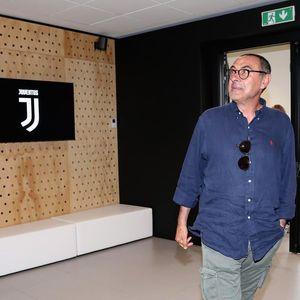 Sarri Pelatih Pilihan Pertama Juventus