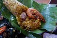 La Cecile: Makan Nasi Kolo Tibu Lezat Dengan Panorama Lautan