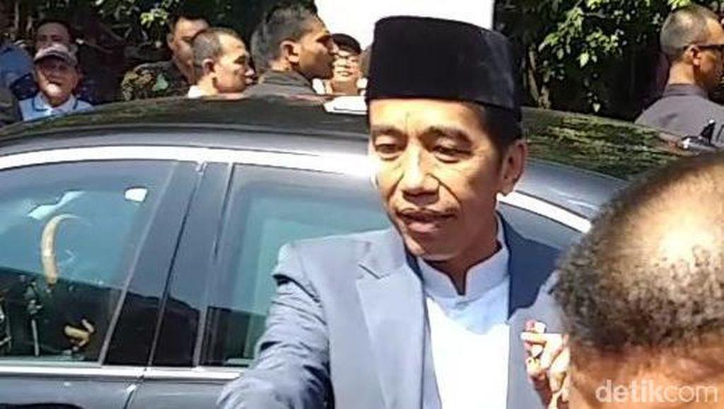 Promotor Bakal Undang Jokowi untuk Hadir di Konser Mike Shinoda