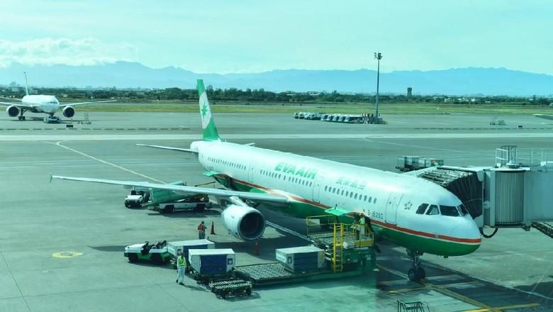 Maskapai Eva Air dengan kabin pesawat terbersih sedunia (iStock)