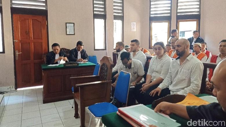4 WN Rumania Didakwa Bobol Rekening Turis di Bali