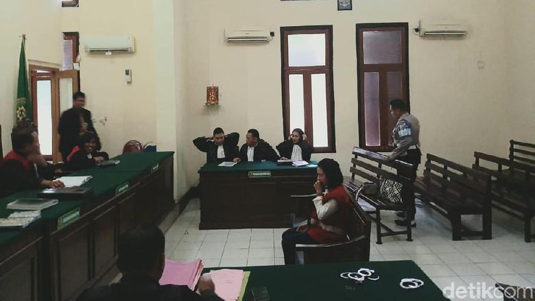 Vanessa Angel Dinilai Tak Kooperatif Selama Persidangan