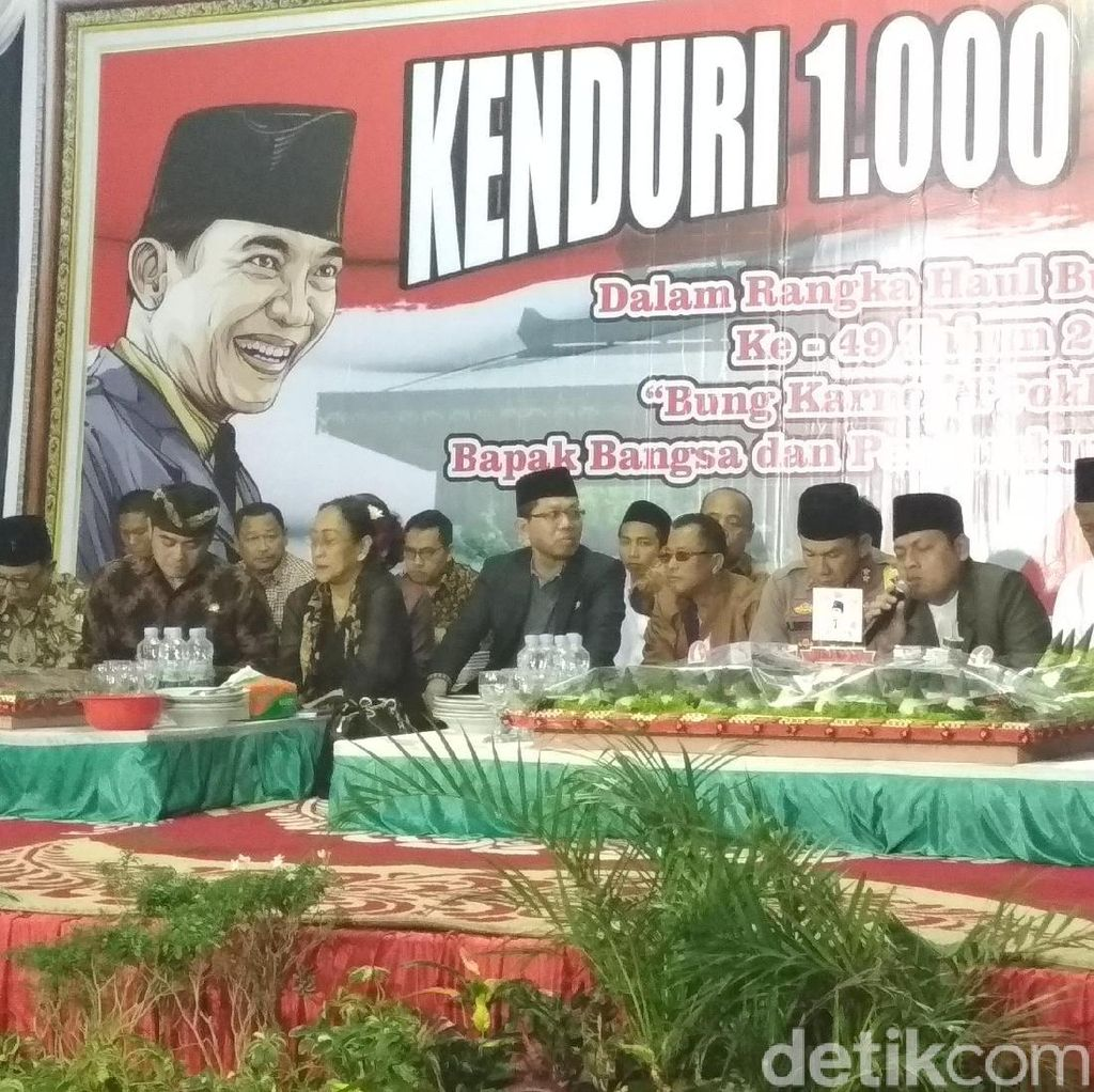 Kenduri 1.000 Tumpeng di Haul Bung Karno, Sukmawati Baca Puisi