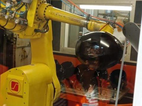 Intip Produksi Helm yang Dipakai Paspampres Jokowi dan Ariel Noah