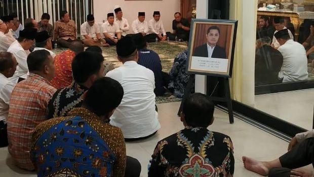 Jokowi Melayat Putra Ketua MA yang Meninggal Kecelakaan Moge di Namibia