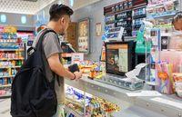 Rutin Beli Kopi Manis dari Gebetan di Minimarket, Pria Ini Malah Kena Diabetes!