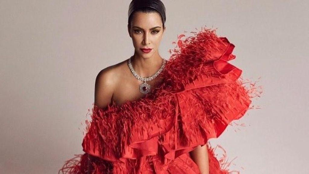 Tuntut Retailer Fashion yang Pakai Namanya, Kim Kardashian Dapat Rp 38 M