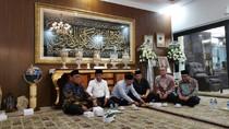 OSO Hingga CT Melayat ke Rumah Ketua MA Hatta Ali