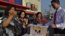Sutrisno, Penjual Mie Lidi di Kota Pekalongan Ini Selalu Necis