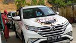 Uji Mobil SUV di Perbatasan Kalimantan