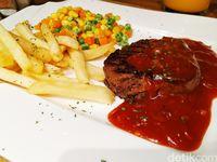 Habitat Resto : Nongkrong Asyik Ditemani Empuk Juicy Tenderloin Steak