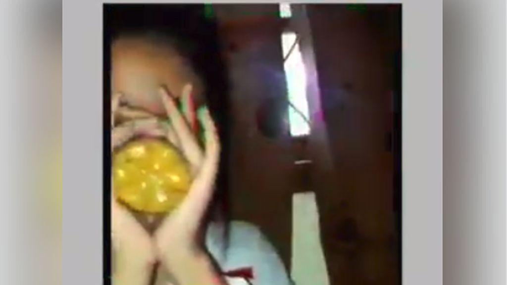 Viral Video Anak-anak Perempuan Berseragam Sekolah Ngelem, Ini Bahayanya