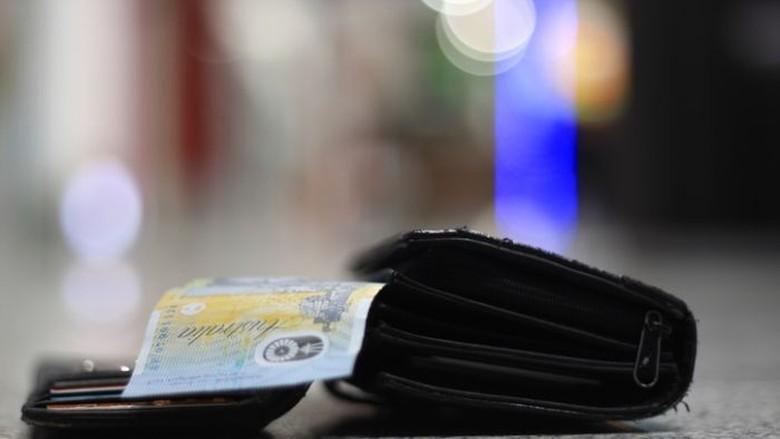 Ternyata Lebih Banyak Penemu Dompet Berisi Uang yang Bersikap Jujur