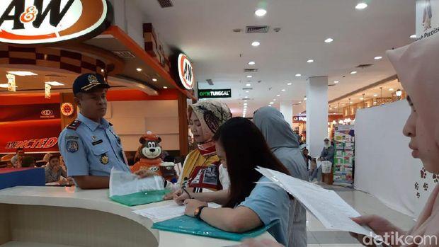 Bikin Paspor di Solo Sekarang Bisa Sambil Belanja atau Ngopi di Mal