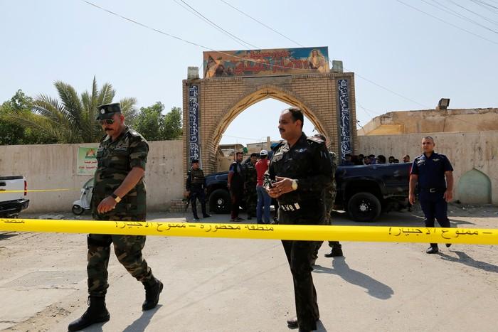 Bom bunuh diri terjadi di masjid di Baladiyat, Irak. Tujuh orang tewas akibat kejadian ini (Foto: REUTERS/Wissm al-Okili)