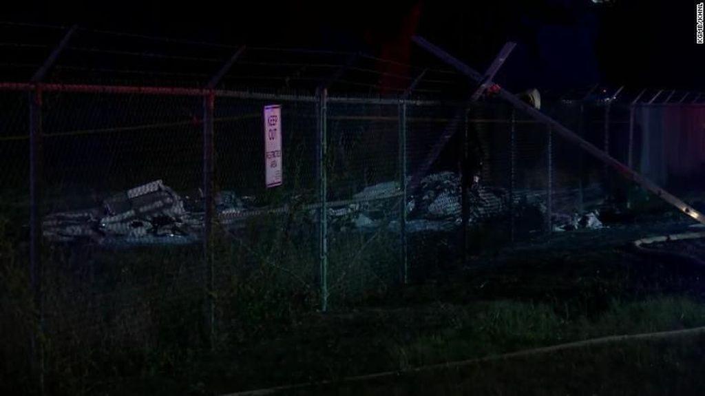 Pesawat Ringan Jatuh dan Terbakar di Hawaii, 9 Orang Tewas