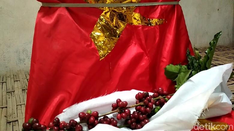 Tradisi Ritual Manten Kopi di Blitar Diminati Wisatawan Luar Negeri
