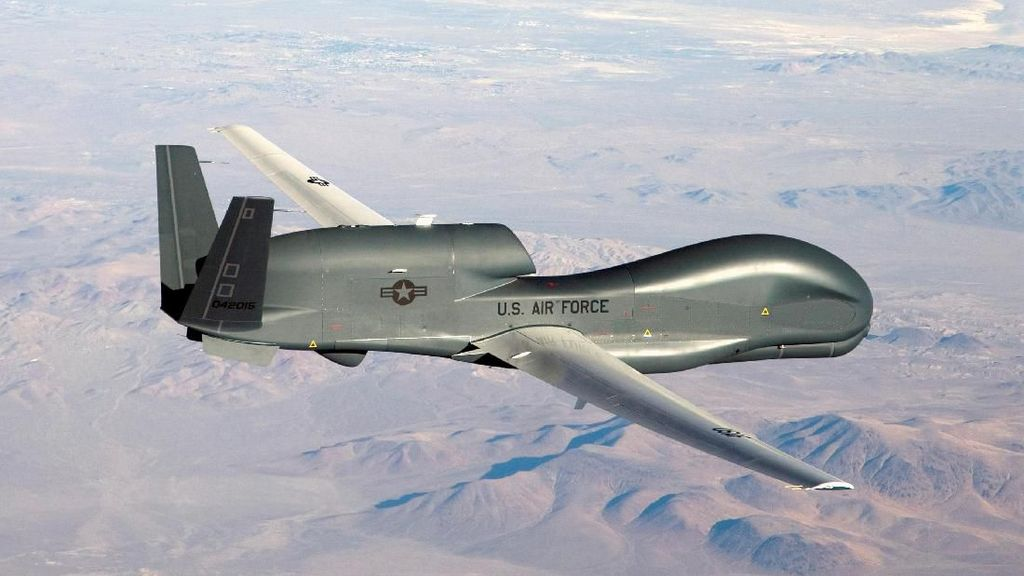 Pasca Penembakan Drone, AS Lancarkan Serangan Udara ke Iran