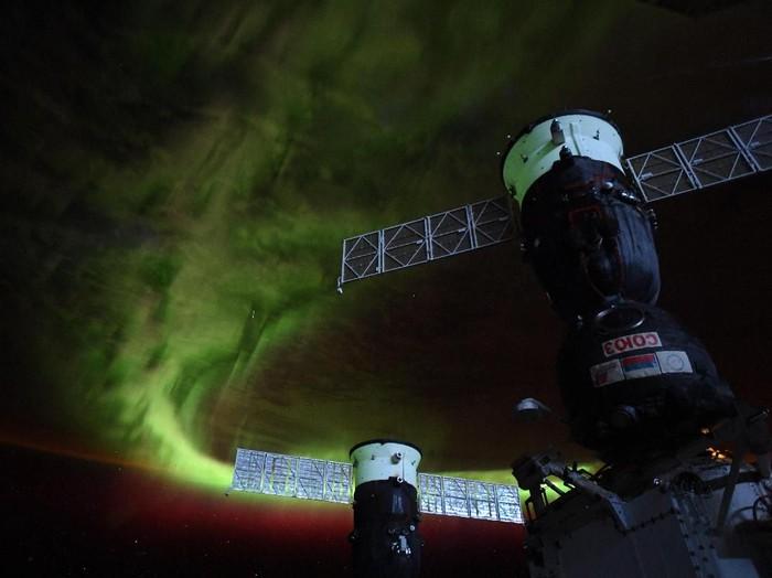 aurora dari ISS