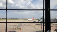 Suasana bandara di Phonm Penh