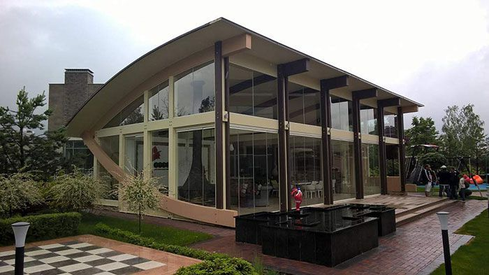 Timber Frame Kit dijual Rp 564 juta. Istimewa/Dok. Boredpanda/Andzelika.