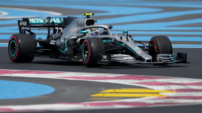 Pebalap Mercedes, Valtteri Bottas, tercepat di latihan bebas ketiga GP Prancis. (Foto: Vincent Kessler/Reuters)