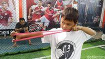 Bocah Usia 7 Tahun Ikut Kompetisi Katapel di Bandung