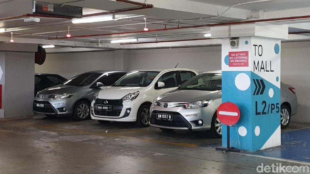 Segini Tarif Parkir Mobil di Mall Malaysia
