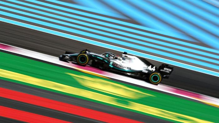 Lewis Hamilton memenangi GP Prancis 2019. (Foto: Dan Istitene / Getty Images)