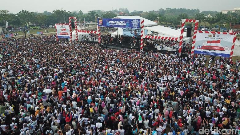 Bersama Ribuan Rider Milenial, Polda Banten Ajak Anti Rusuh Usai Pemilu