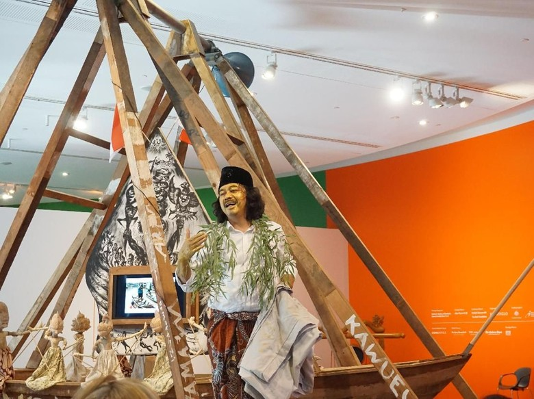 Tisna Sanjaya di Pameran seni kontemporer di Australia (Eny/detikcom)