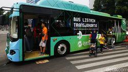 Mau Coba Bus Listrik TransJakarta? Cek Rutenya Hari Ini