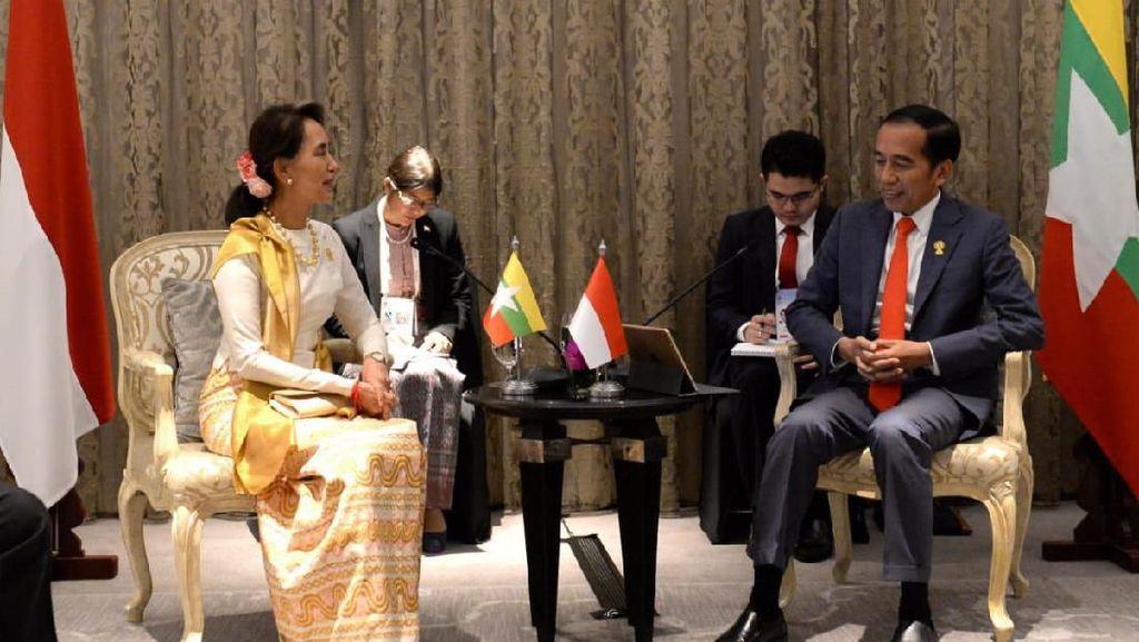 Bertemu Aung San Suu Kyi, Jokowi Ingatkan Keamanan di Rakhine State