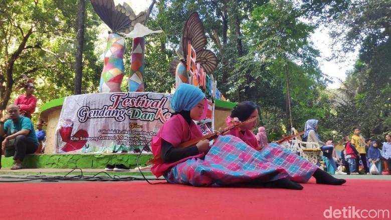 Festival gendang dan kecapi di Bantimurung (Moehammad Bakrie/detikcom)