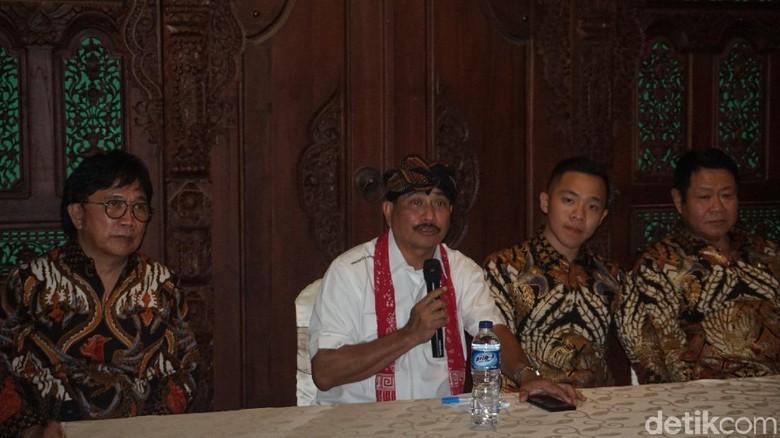 Menpar Arief Yahya saat pembukaan Saloka Theme Park (Aji Kusuma/detikcom)