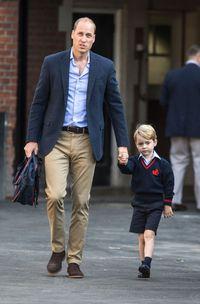 Pangeran William mengantar Pangeran George saat hari pertamanya sekolah di