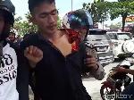 Video 2 Pria Diduga Jambret Jadi Bulan-bulanan Massa di Pekanbaru