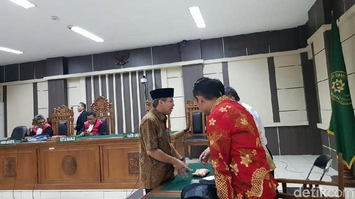 Suasana sidang tuntutan Taufik Kurniawan di Pengadilan Tipikor Semarang. Foto: Angling Adhitya Purbaya/detikcom
