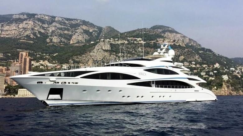 Kapal yacht Africa yang disewa oleh Cristiano Ronaldo (yachtcharterfleet.com)