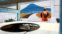 Keren! Mural Bertema Lingkungan Hiasi Kawasan Kalideres