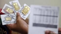 Harga Emas Antam Akhirnya Naik Lumayan