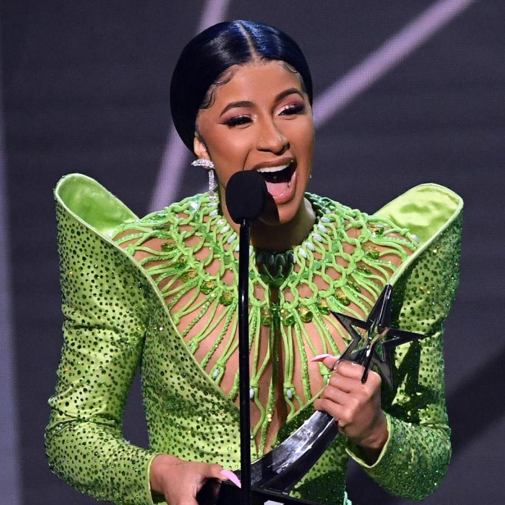 BET Awards 2019, Para Pemenang dan Aksi Panas Cardi B