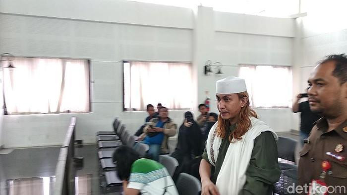 Sidang pledoi habib bahar bin smith