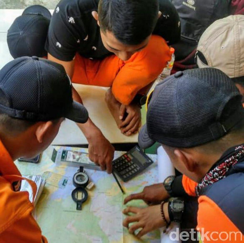 Bawa Peralatan Mountaineering, Basarnas Cari Pelajar SMP Hilang di Argopuro