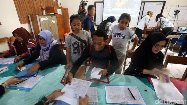 Pendaftaran PPDB di SMPN 115 Jakarta /
