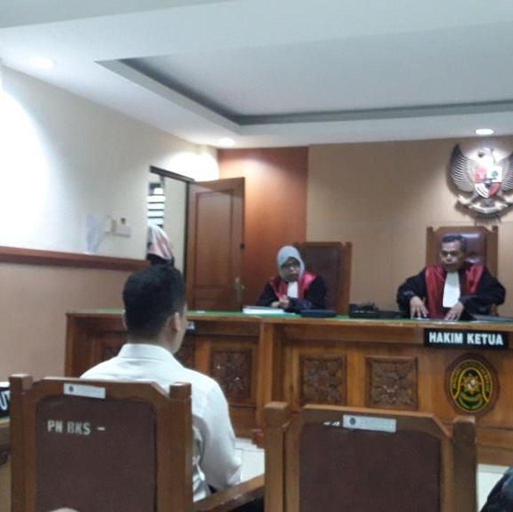 Sidang Pledoi, Pembunuh Sekeluarga di Bekasi Minta Keringanan Hukuman