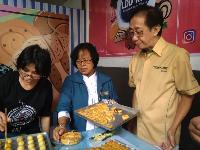 Sido Muncul Sumbang Rp 150 Juta untuk Pelatihan Keterampilan Waria