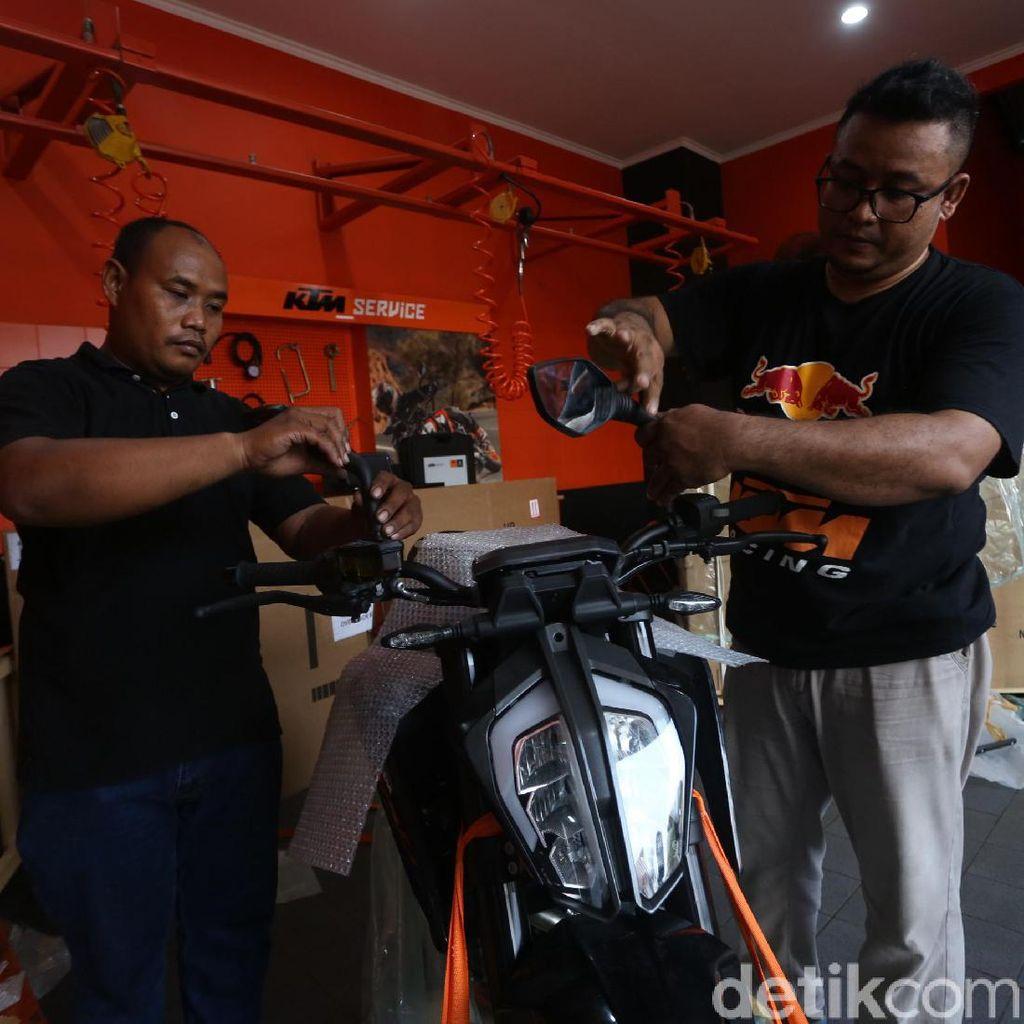Aki Sampai Ban Buatan Lokal akan Suplai Pabrik KTM di Gresik